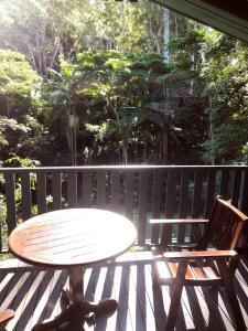 A balcony or terrace at Montville Country Cabins
