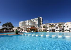 Piscina di Ushuaia Ibiza Beach Hotel - Adults Only o nelle vicinanze