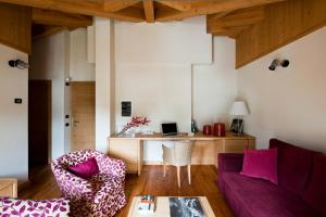 A seating area at Hotel Meublè Sertorelli Reit