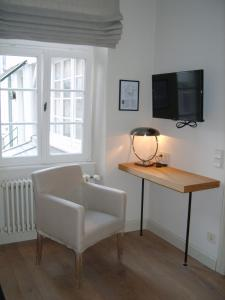 A television and/or entertainment center at Hotel Schnookeloch