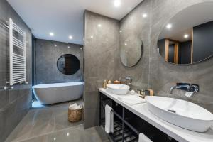 A bathroom at Hotel AWA