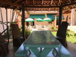 Um restaurante ou outro lugar para comer em Pousada Rio Grande