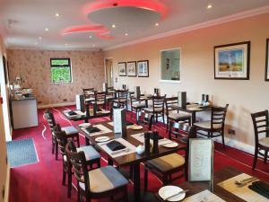 A restaurant or other place to eat at Spanhoe Lodge