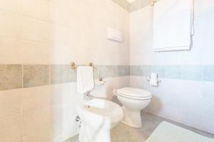 A bathroom at Hotel Sa Tanca E Bore