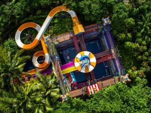 Pullman Oceanview Sanya Bay Resort & Spa з висоти пташиного польоту