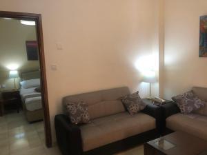A seating area at Aqaba Gulf Hotel
