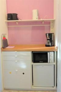 A kitchen or kitchenette at Pension Bunz