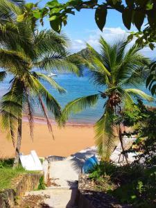 Een strand bij of vlak bij de bed & breakfast