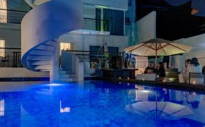 The swimming pool at or near Tinto Boutique Hotel