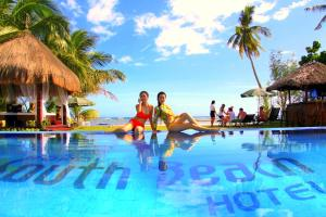The swimming pool at or near Bohol South Beach Hotel