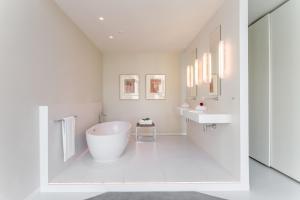 Een badkamer bij Room Mate Aitana