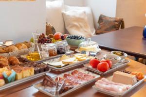 Frühstücksoptionen für Gäste der Unterkunft Hotel D´Interior Ca Mado Paula
