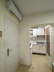 A bathroom at Apartments Torre Levante 1H