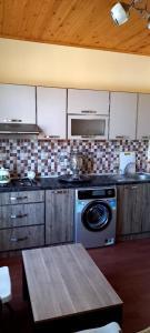 A cozinha ou cozinha compacta de Gabala Finiş Villa