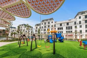 Sân chơi trẻ em tại #Vinhomes Imperia - Chuỗi căn hộ cao cấp Mercy Apartment & Homestay