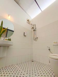 A bathroom at Family House @ Pai