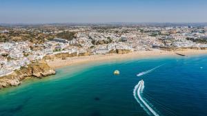 A bird's-eye view of Hotel Sol e Mar Albufeira