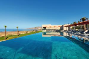 المسبح في Hotel Riu Palace Tikida Taghazout - All Inclusive أو بالجوار