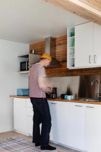A kitchen or kitchenette at Upperud 9:9
