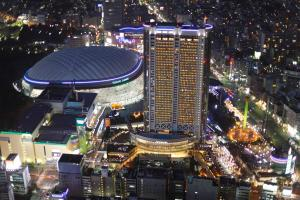 A bird's-eye view of Tokyo Dome Hotel