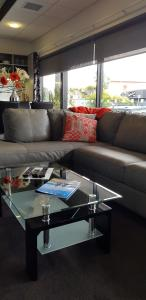 A seating area at Sumner Re Treat