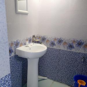 A bathroom at Window view Homestay Charkhol