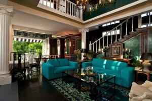 The lobby or reception area at Hotel Boutique Rivera Del Rio