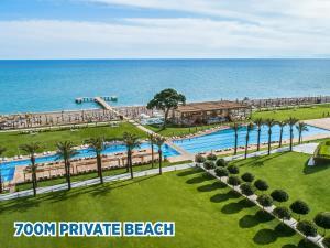 Vista de la piscina de Rixos Premium Belek - The Land of Legends Access o alrededores