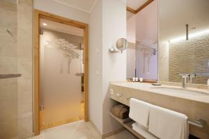 Ein Badezimmer in der Unterkunft Hotel Rittergut Stoermede