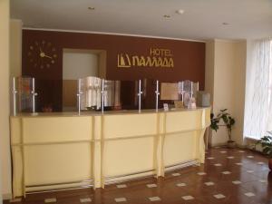 Лобби или стойка регистрации в Отель Паллада
