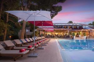 The swimming pool at or close to Apartments Galijot Plava Laguna