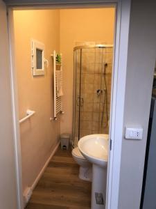 A bathroom at Loft a 2 minuti dall'aeroporto