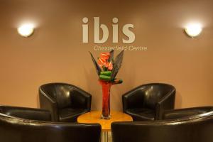 Лобби или стойка регистрации в ibis Chesterfield Centre – Market Town