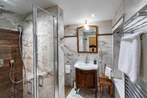 A bathroom at Residence U Černého Orla