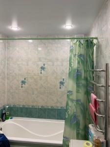 Ванная комната в Apartment on Leningradskiy 1