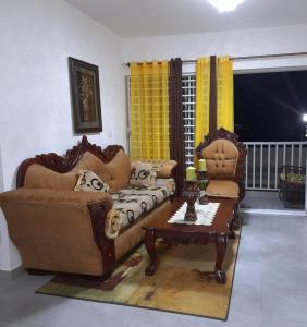 A seating area at Higuey City. Free Wifi/ free parking/ 2 bed/ ofice