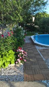 The swimming pool at or close to Vila Maslina