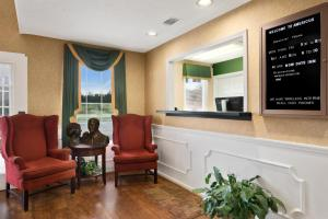 The lobby or reception area at Days Inn by Wyndham Americus