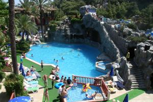 A view of the pool at Grand Aquarium or nearby