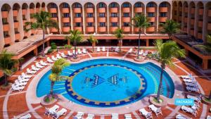 A view of the pool at Vila Galé Fortaleza or nearby
