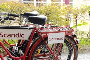 Montar en bicicleta en Scandic Neptun o alrededores