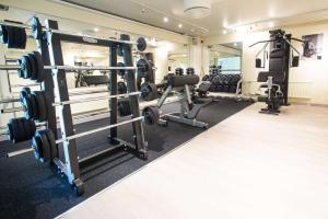 The fitness center and/or fitness facilities at Scandic Waskia