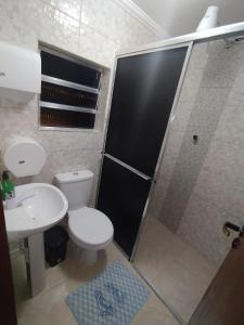 A bathroom at Hostel Aeroporto