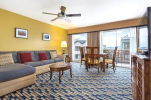 Zona de estar de The Suites at Fisherman's Wharf