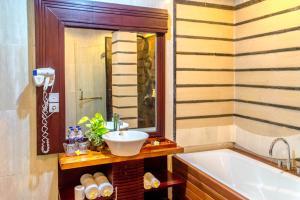 A bathroom at The Bali Dream Villa & Resort Echo Beach Canggu