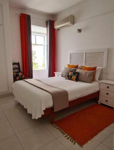 Uma cama ou camas num quarto em Bea's Bed & Breakfast