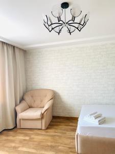 Гостиная зона в апартаменты Павловский тракт