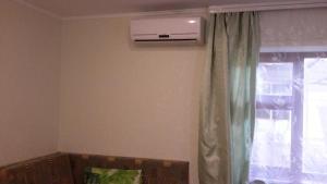 Телевизор и/или развлекательный центр в Na Kalinina Guest Room