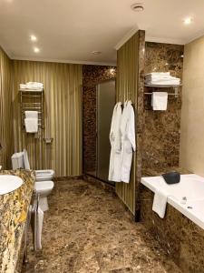 Ванная комната в Гранд Отель Астрахань