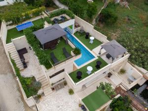 A bird's-eye view of Villa Luciana Residence